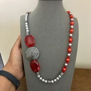 3/$25 ** Red and Silver beads mismatch necklace